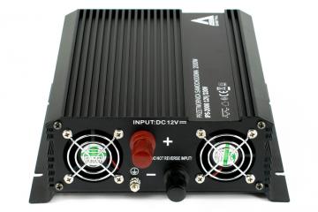 Przetwornica napięcia IPS-2000 12V AZO